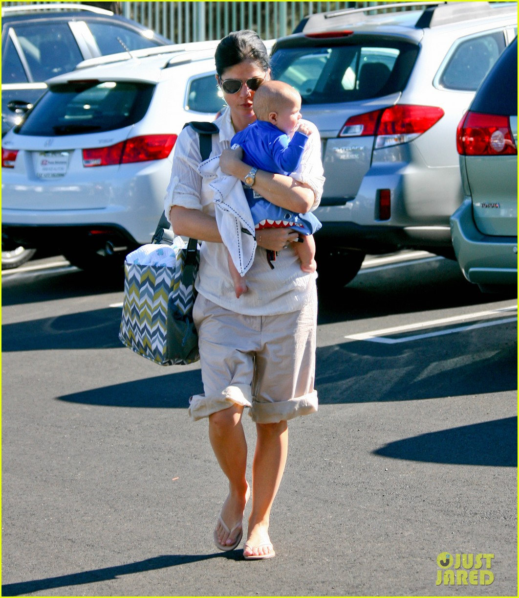 selma blair arthur tennis club 01