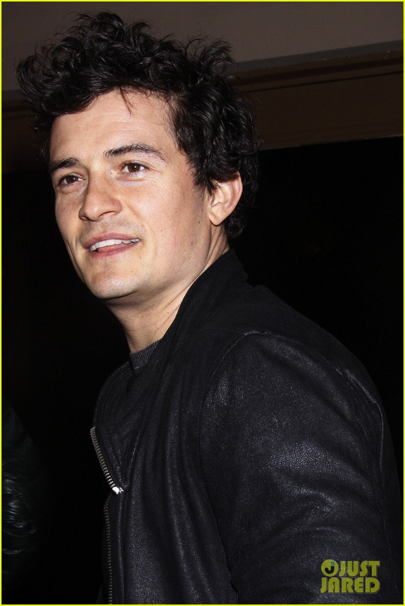 orlando bloom kisses for flynn 14