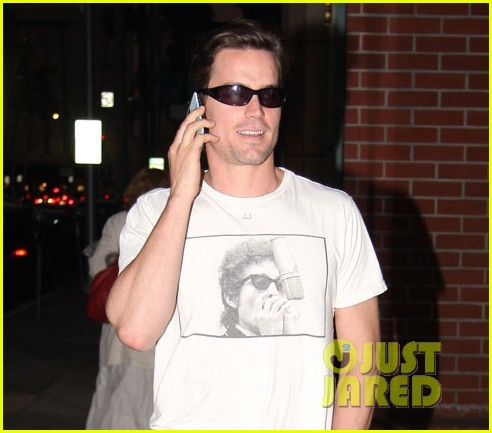 matt bomer chats phone 01