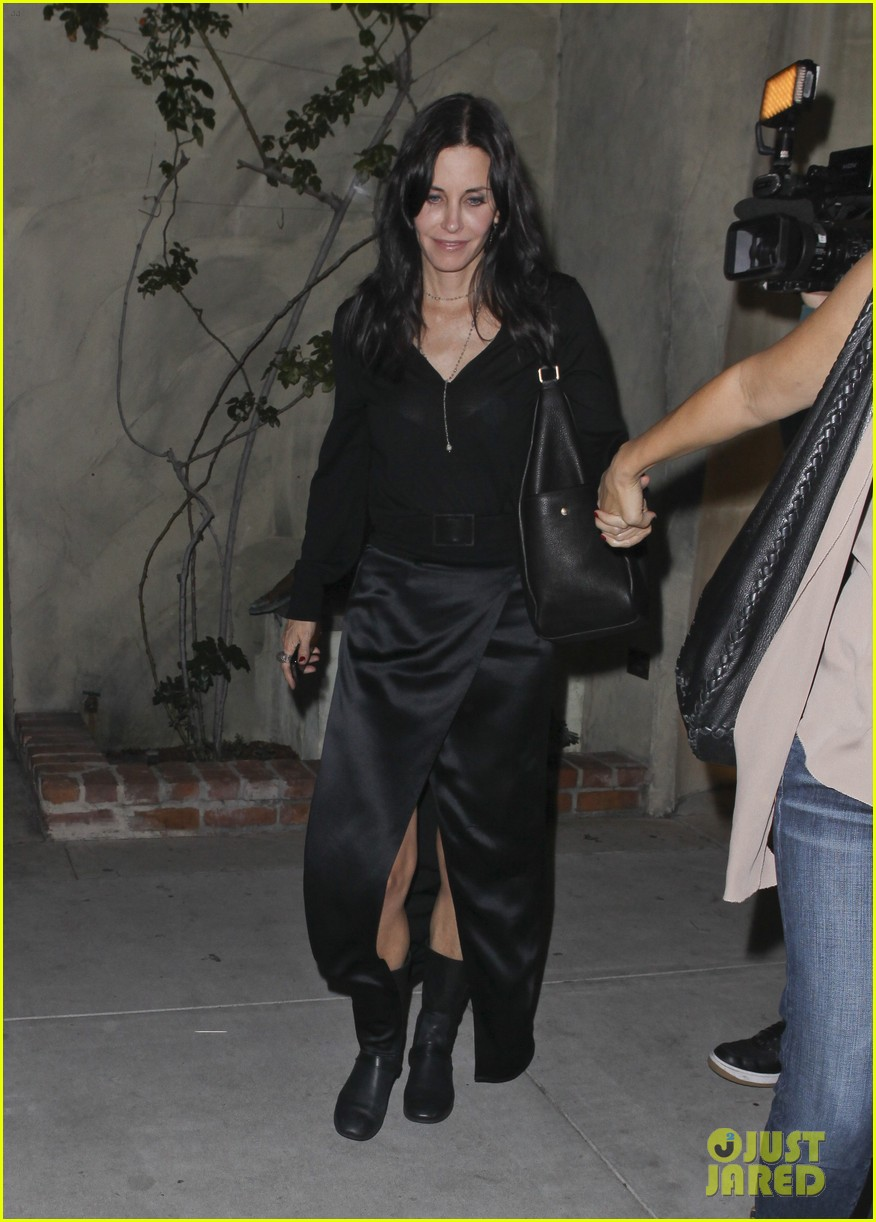 courteney cox out to dinner 06