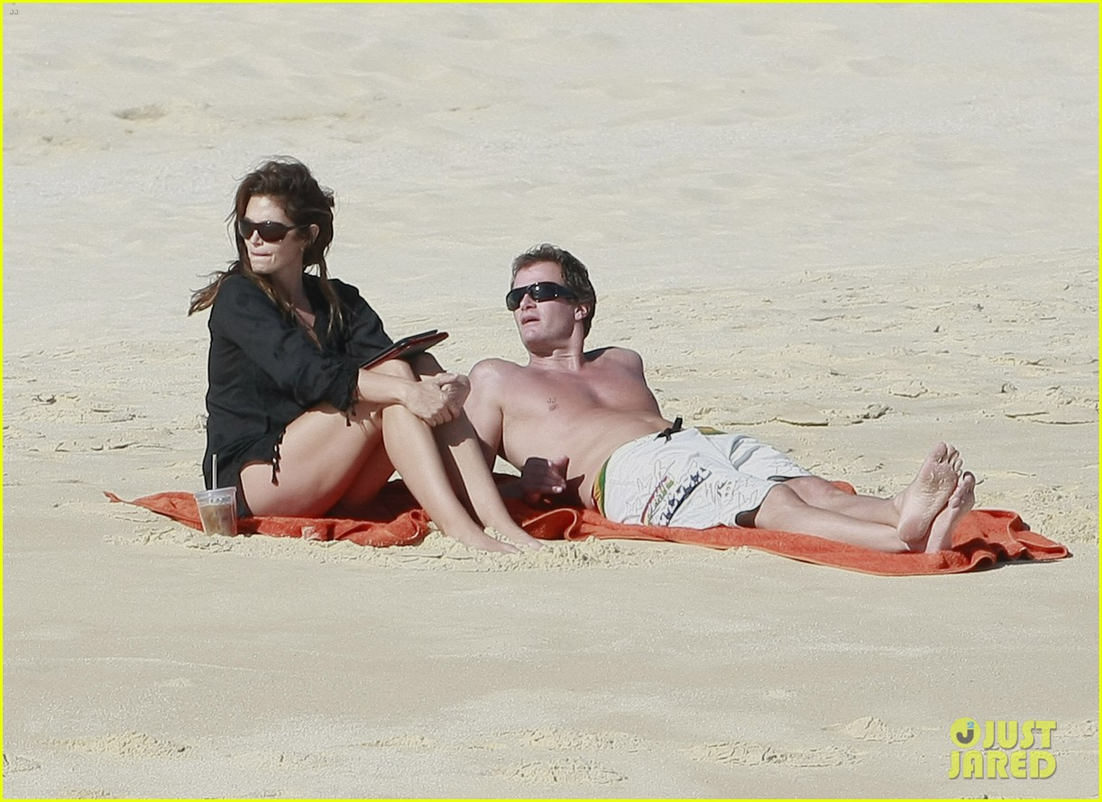 cindy crawford family time in mexico beach 072604522