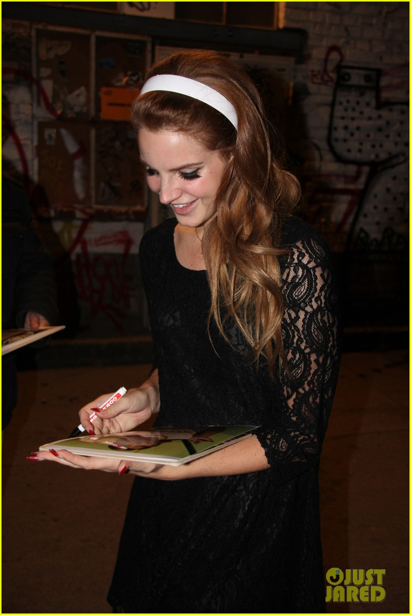 lana del rey video games in germany 08