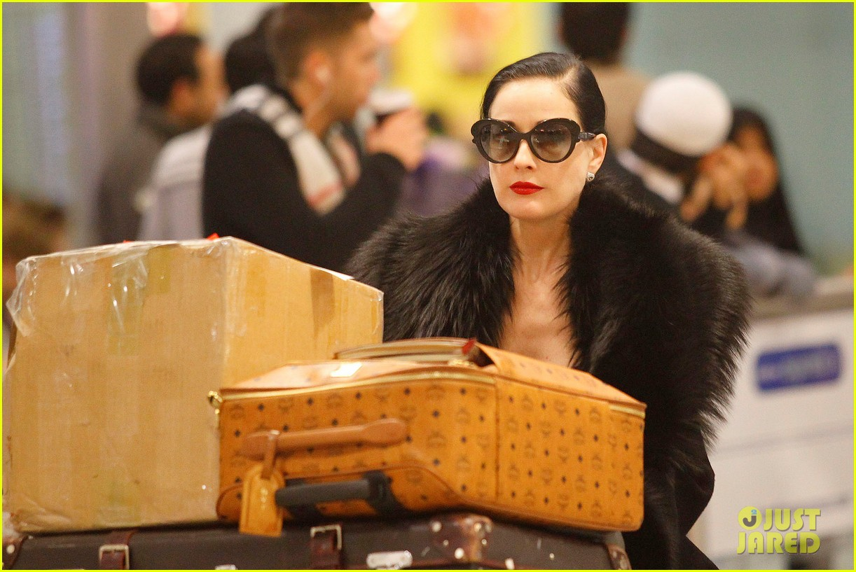 dita von teese luggage london 03