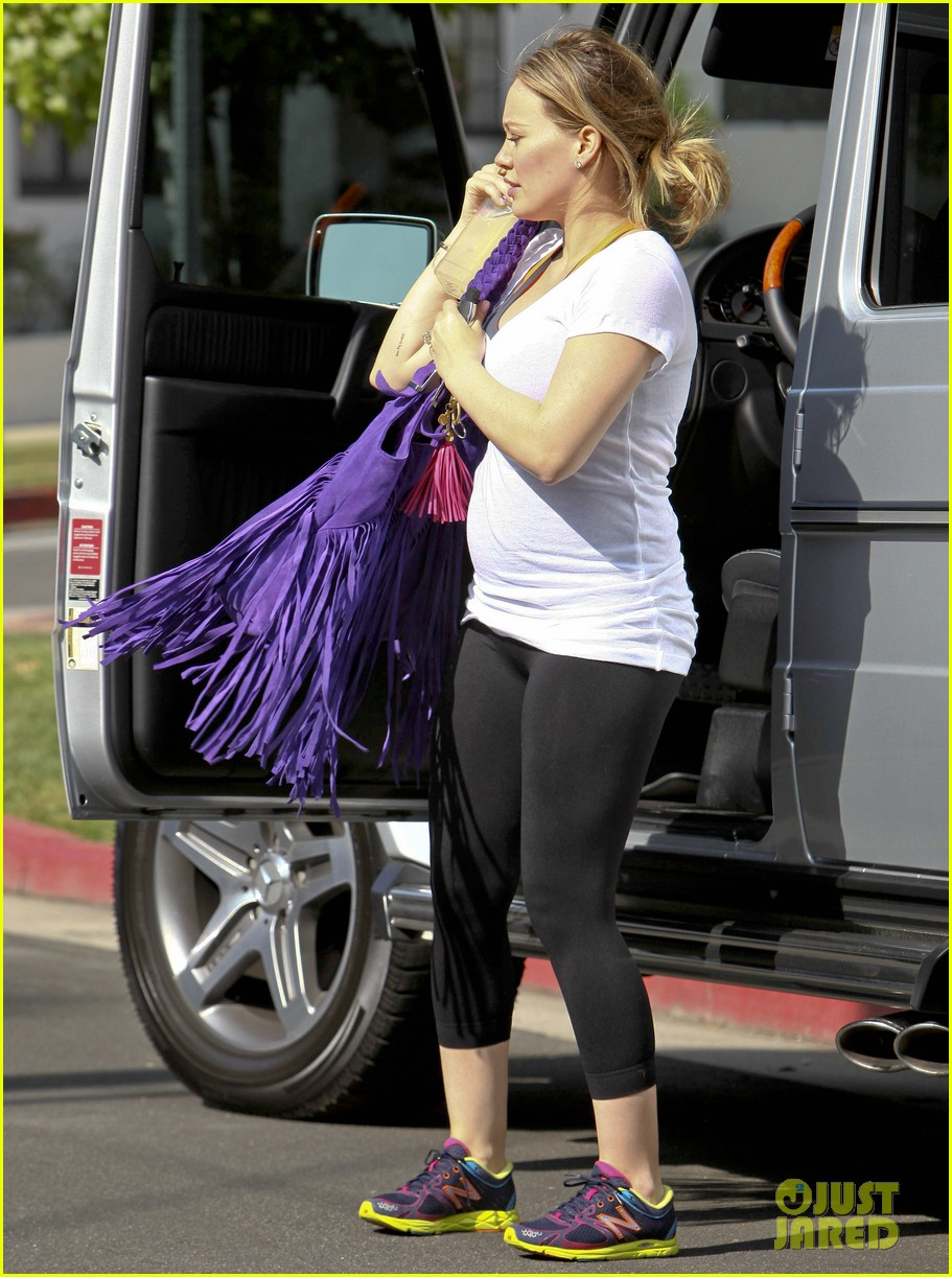 hilary duff pilates halloween 06
