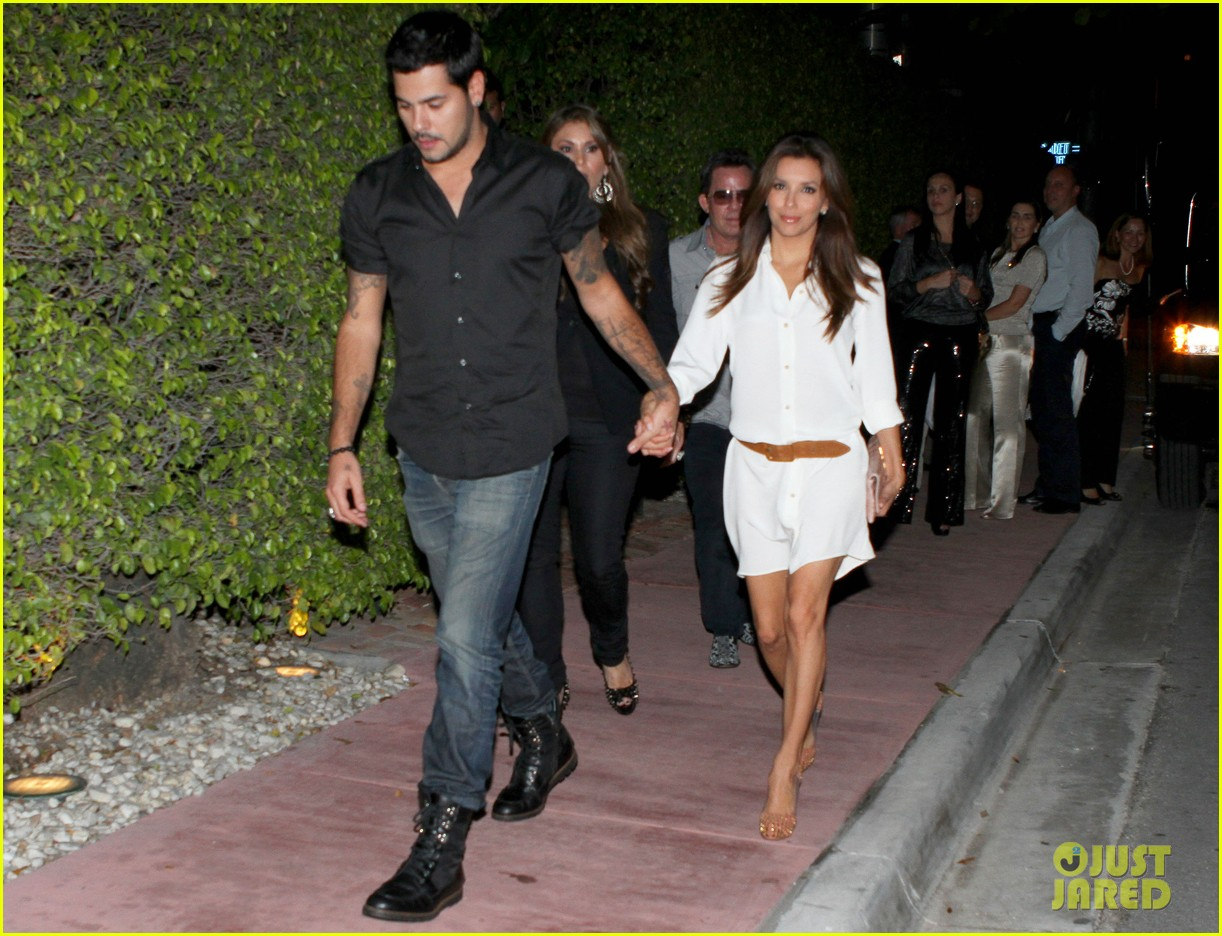eva longoria eduardo cruz out to dinner 03