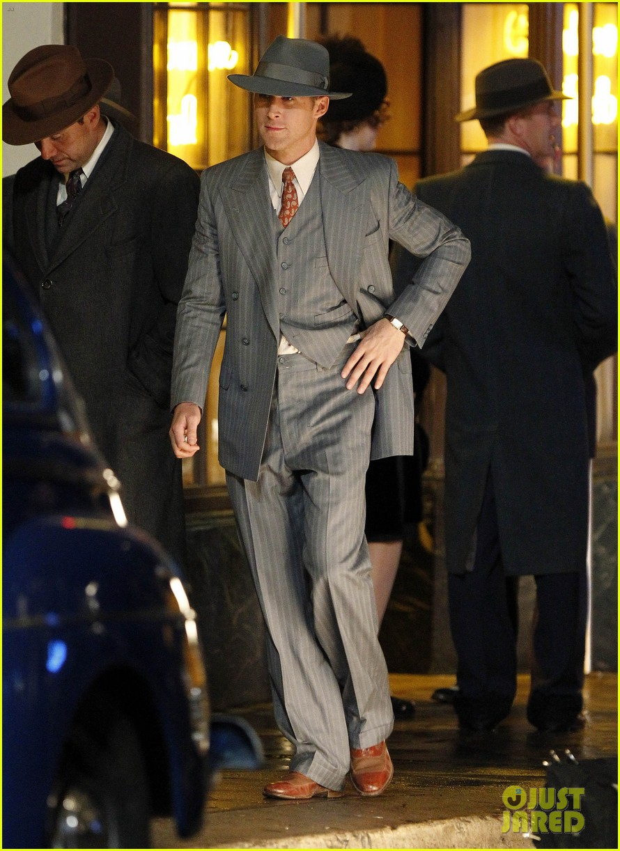 ryan gosling late night on gangster squad set 19