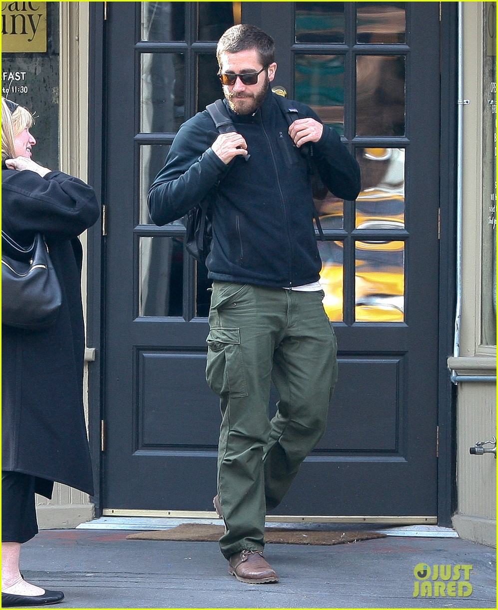jake gyllenhaal west village 01