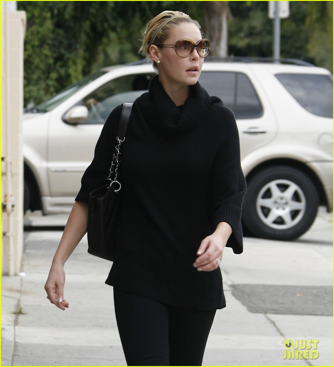 katherine heigl meat fish market trip 01