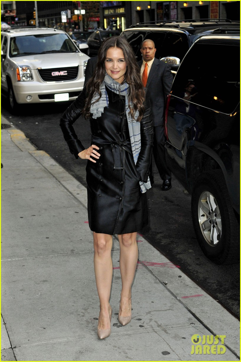 katie holmes late show with letterman visit 08