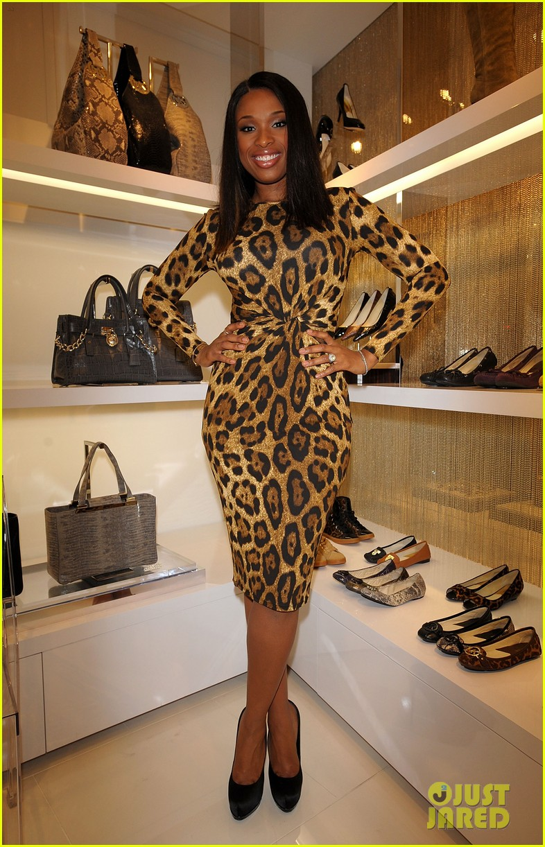 jennifer hudson michael kors fashion night out tokyo 05