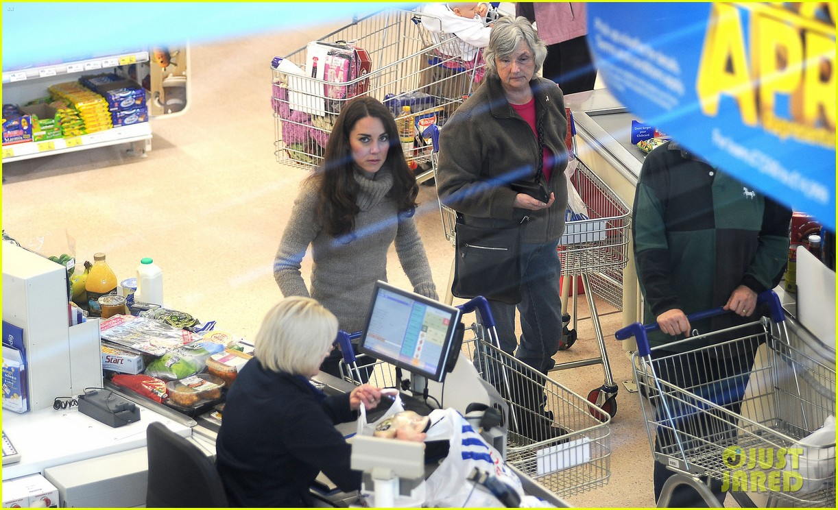 duchess kate groceries tesco 03