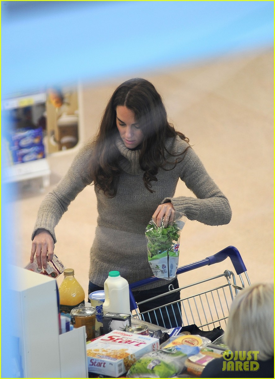 duchess kate groceries tesco 04