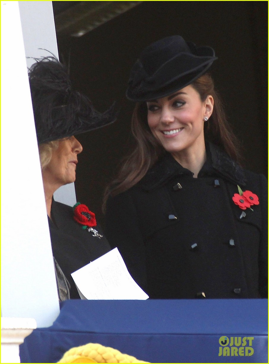 prince william duchess kate remembrance day 11