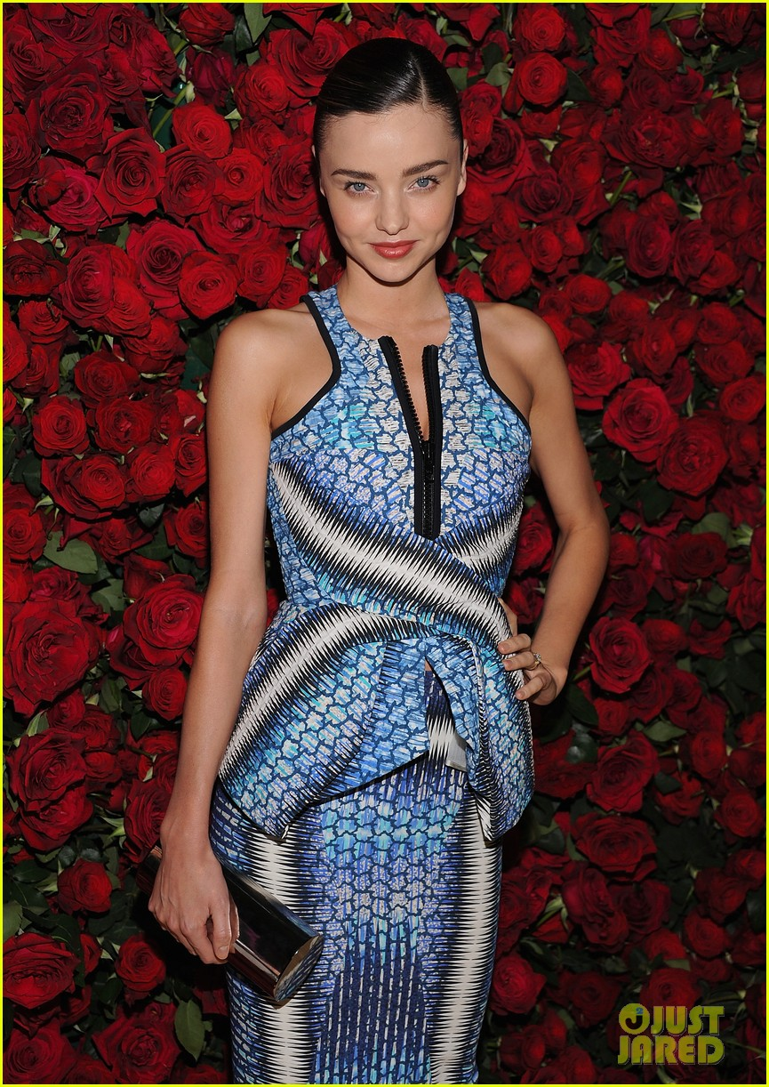 miranda kerr film benefit 01