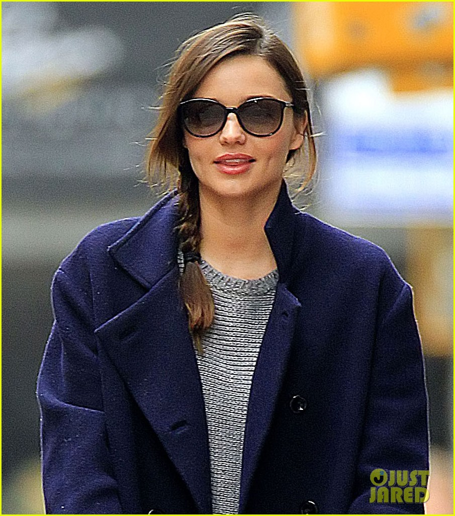 miranda kerr flynn walk nyc 04