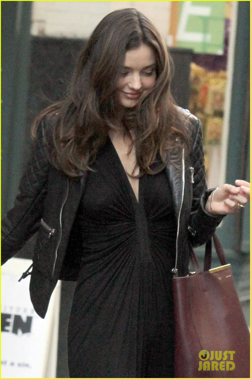 miranda kerr quilted leather jacket nyc 03