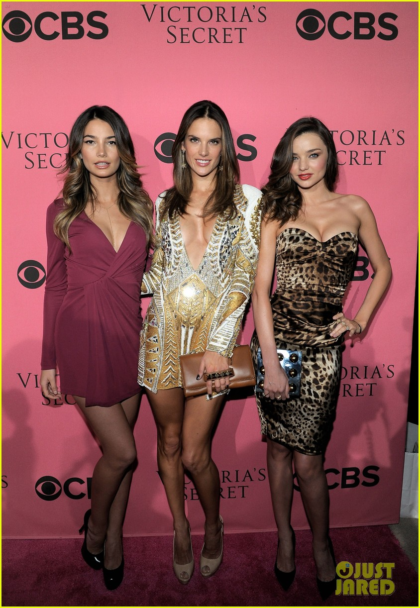miranda kerr alessandra ambrosio vs viewing party 01