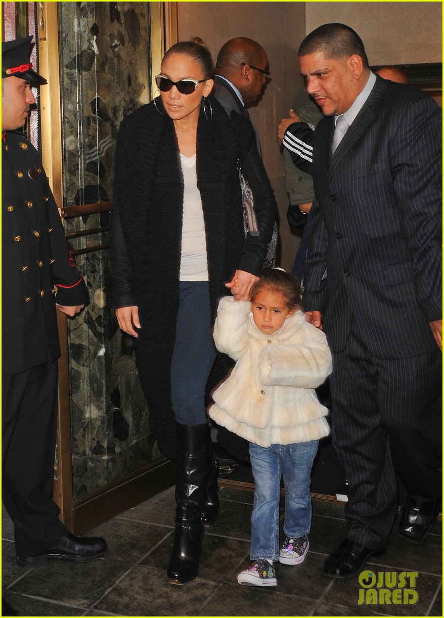 jennifer lopez hotel emme 01