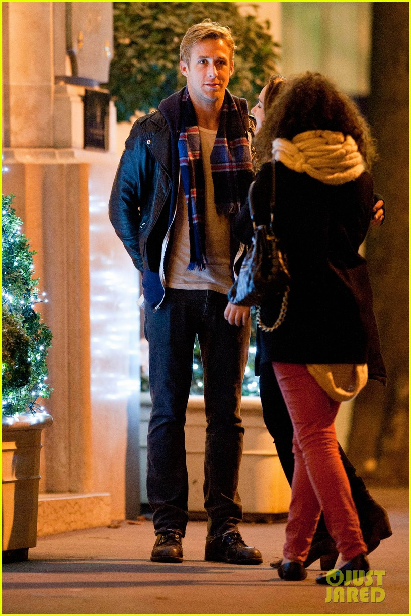 eva mendes ryan gosling parisian pair 16