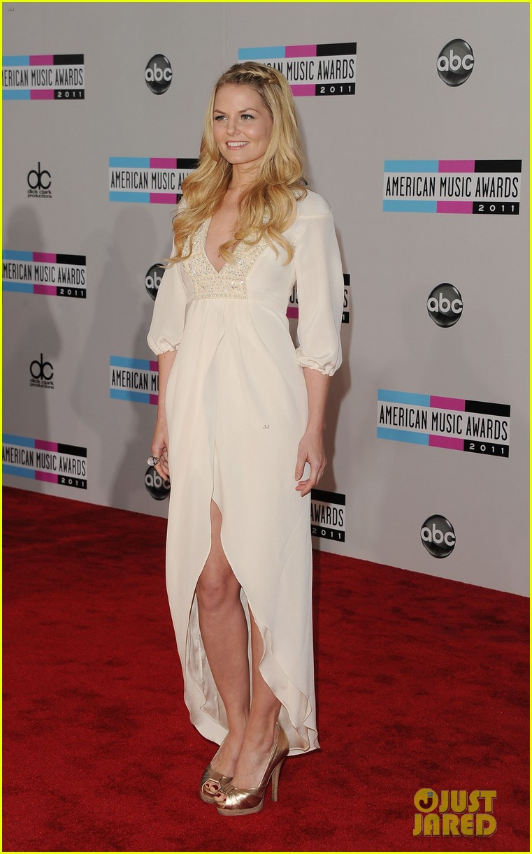 jennifer morrison american music awards 2011 05