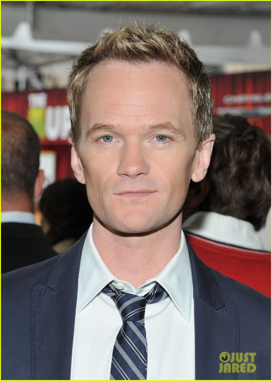 neil patrick harris muppets premiere with david burtka 02