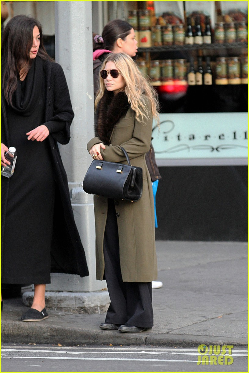 mary kate olsen bundled up in the east village 03