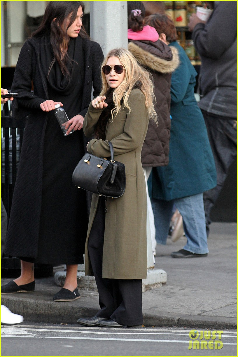 mary kate olsen bundled up in the east village 05