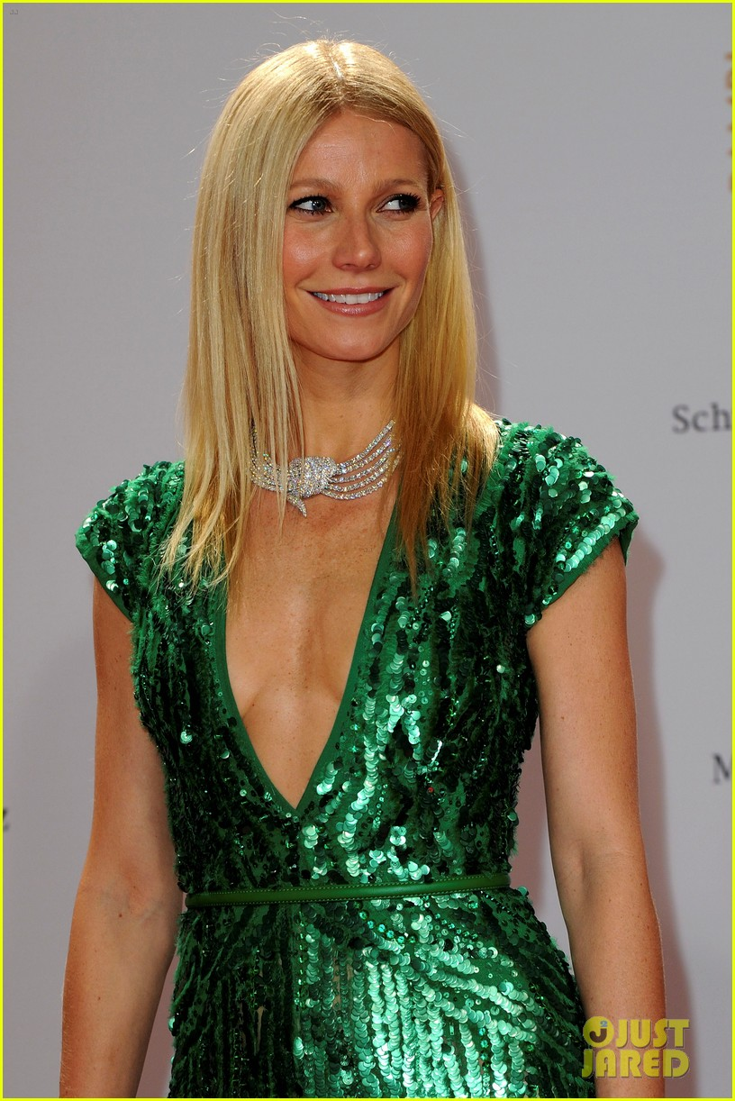 gwyneth paltrow bambi awards 02