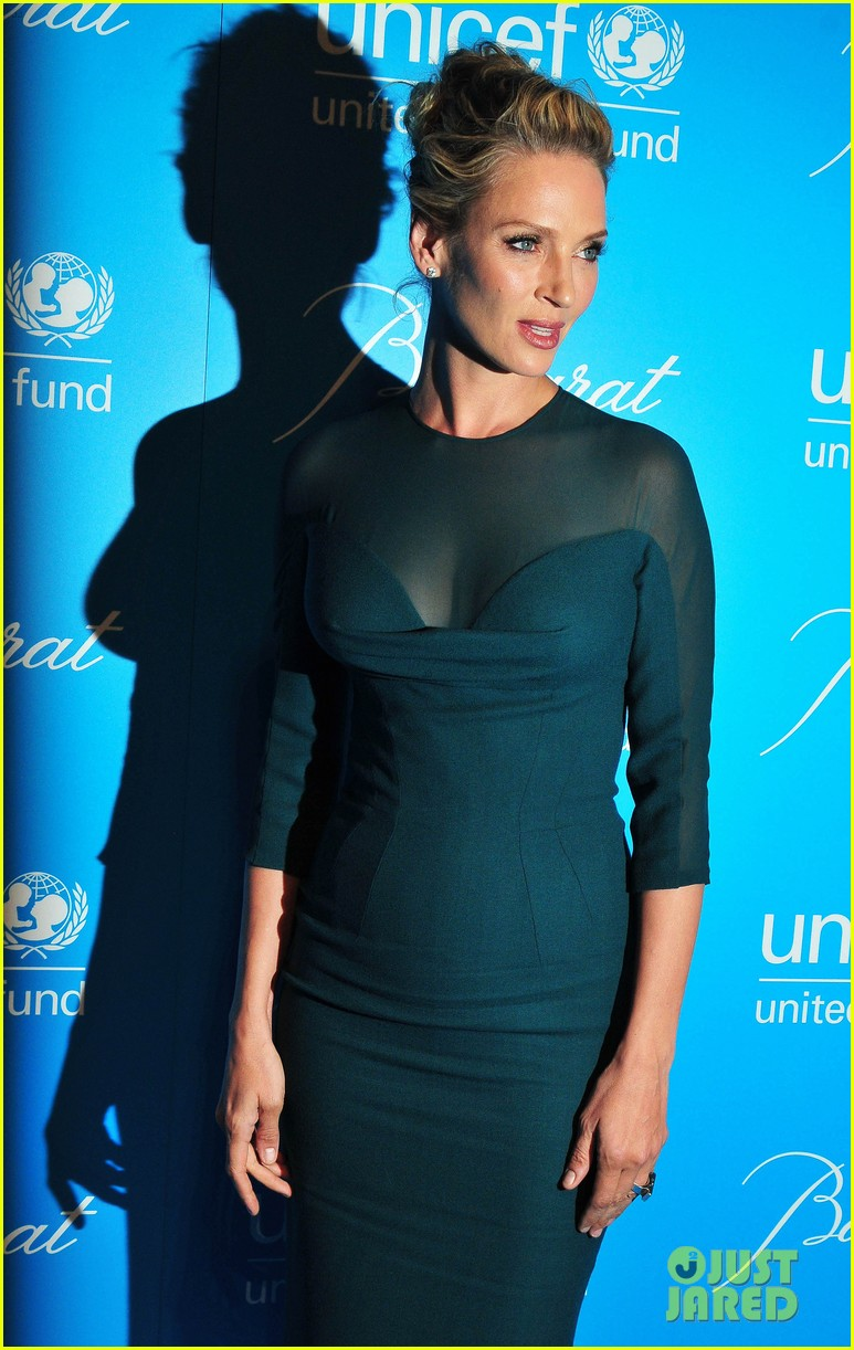 sarah jessica parker uma thurman 2011 unicef snowflake ball 15