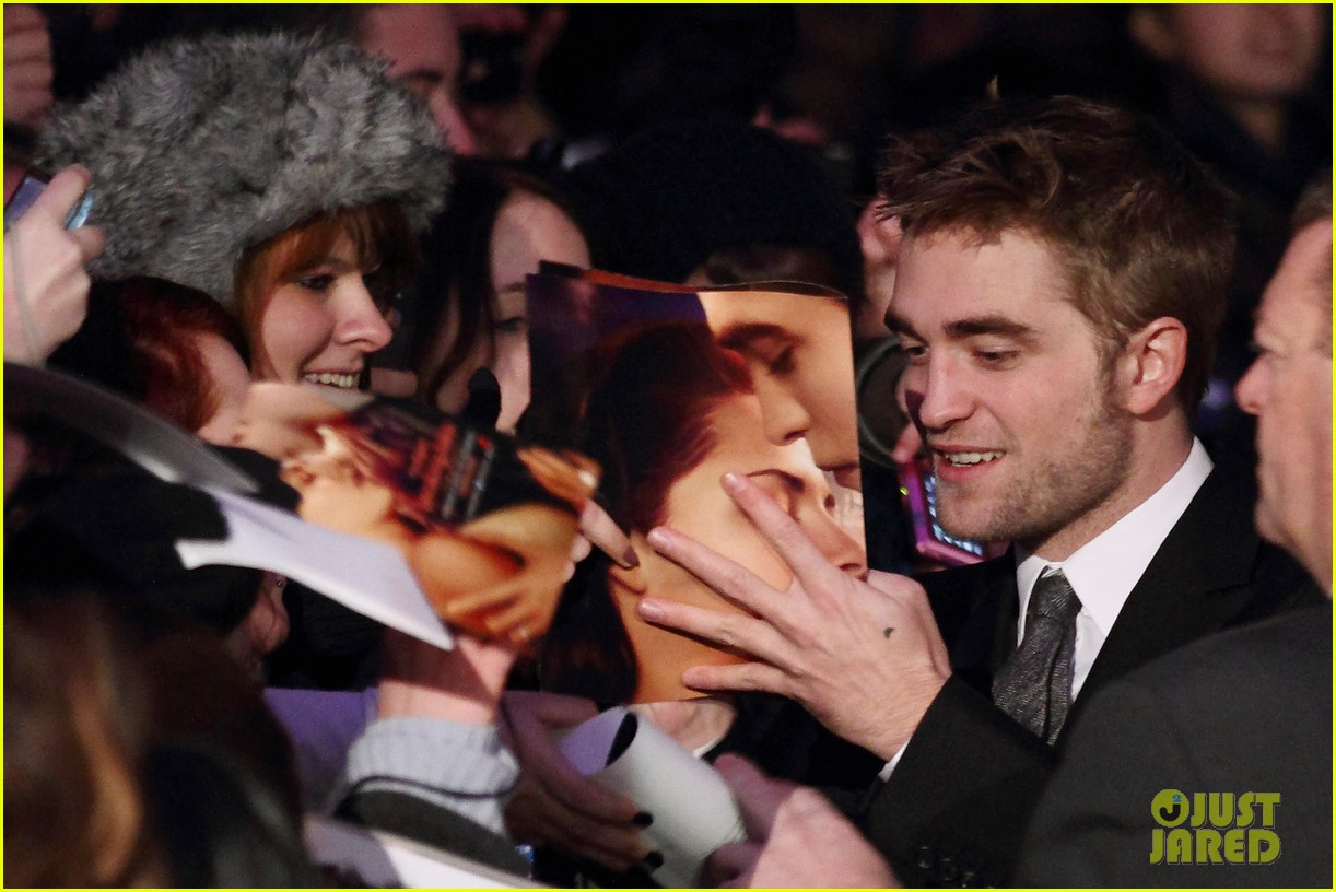 robert pattinson taylor lautner breaking dawn berlin 102601786