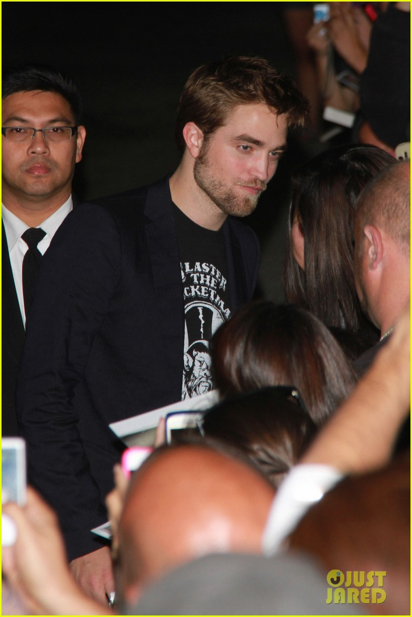 robert pattinson jimmy kimmel live visit 07