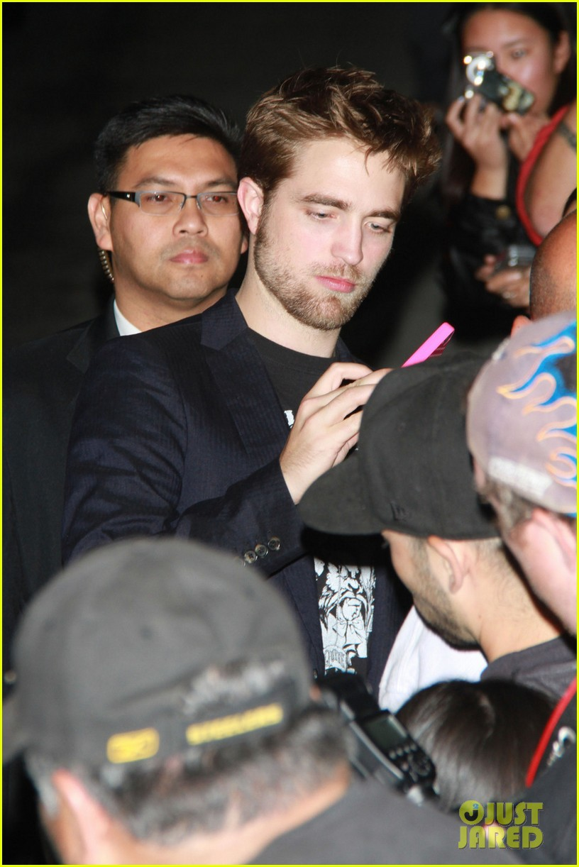 robert pattinson jimmy kimmel live visit 08