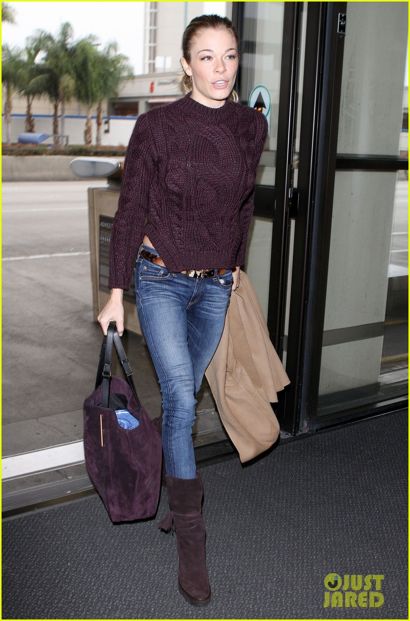 leann rimes ready for thanksgiving 01