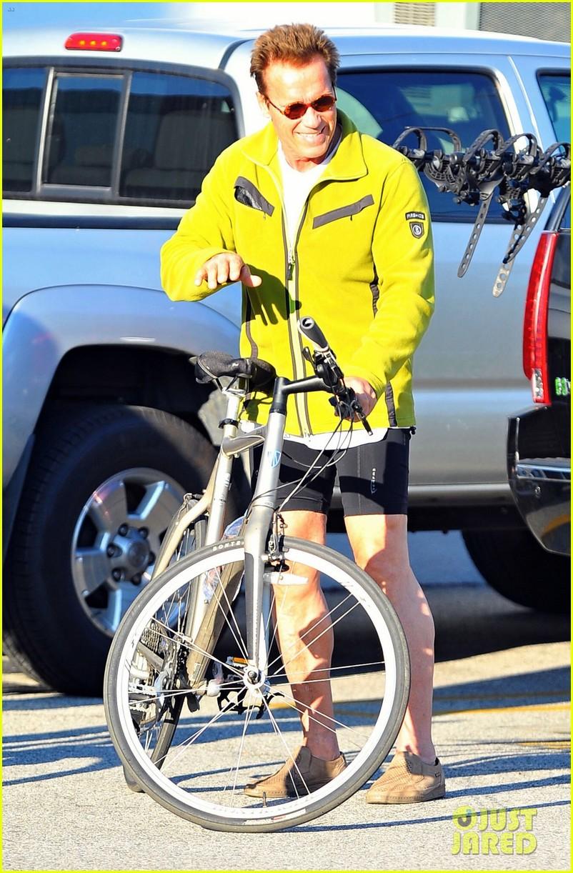 patrick arnold schwarzenegger sunday bike riders 072604535