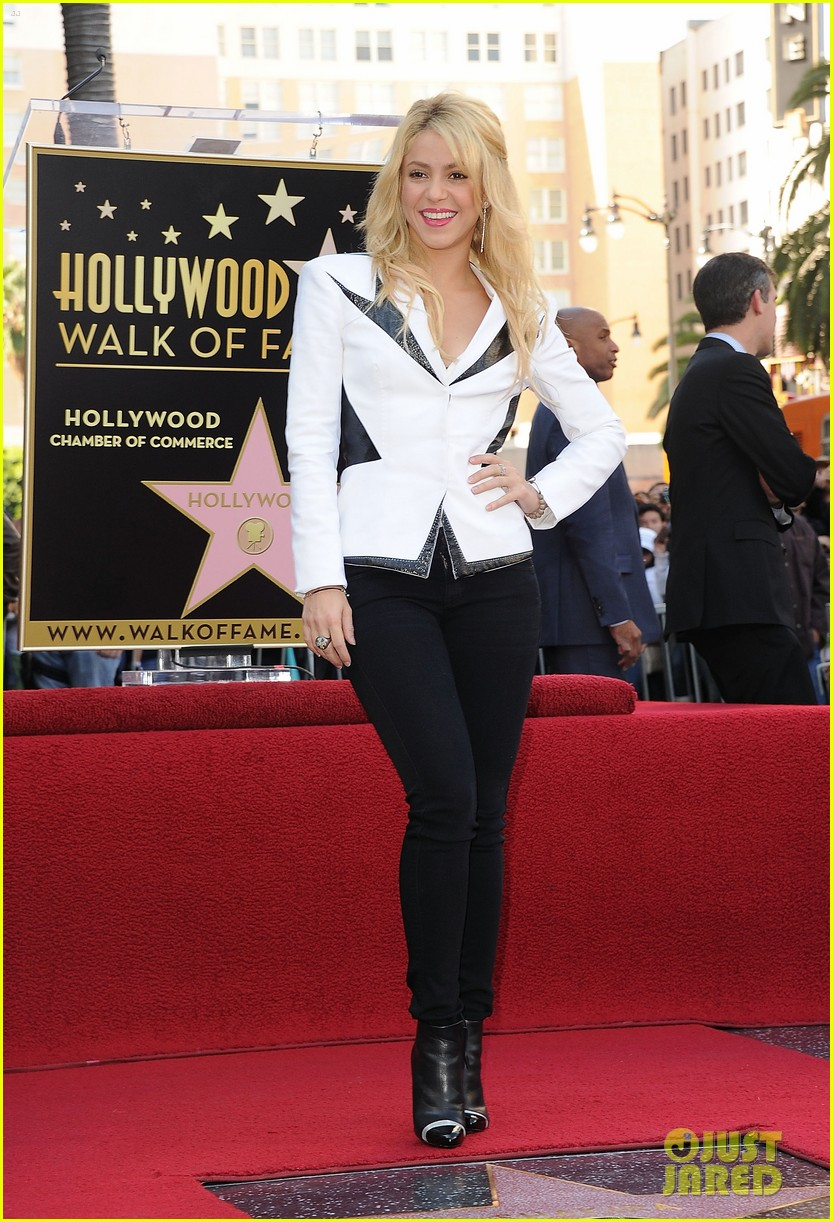 shakira hollywood walk fame 10