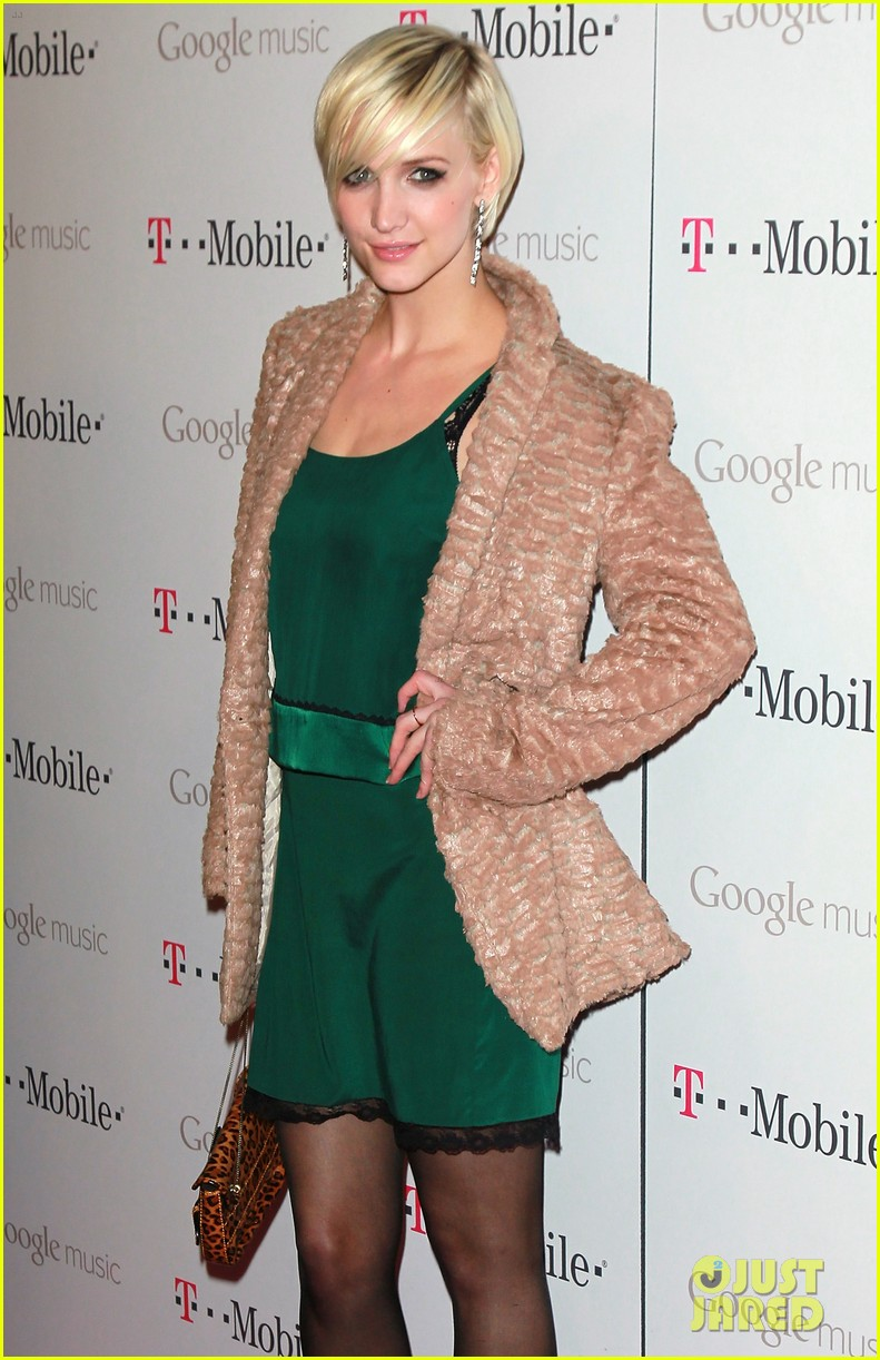 ashlee simpson google music launch 08