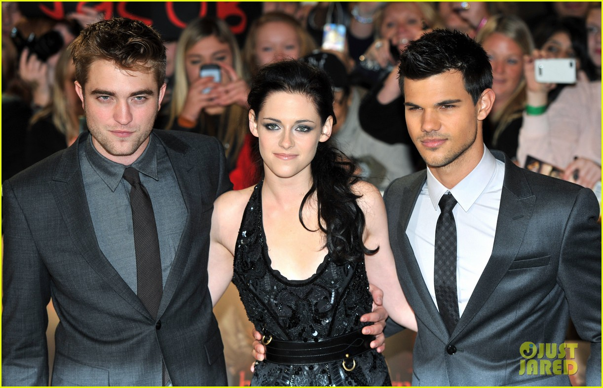 kristen stewart robert pattinson breaking dawn london 022601078