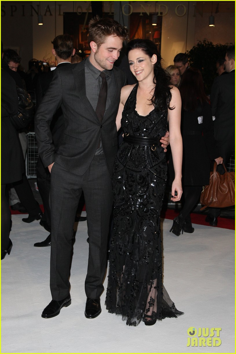kristen stewart robert pattinson breaking dawn london 072601083