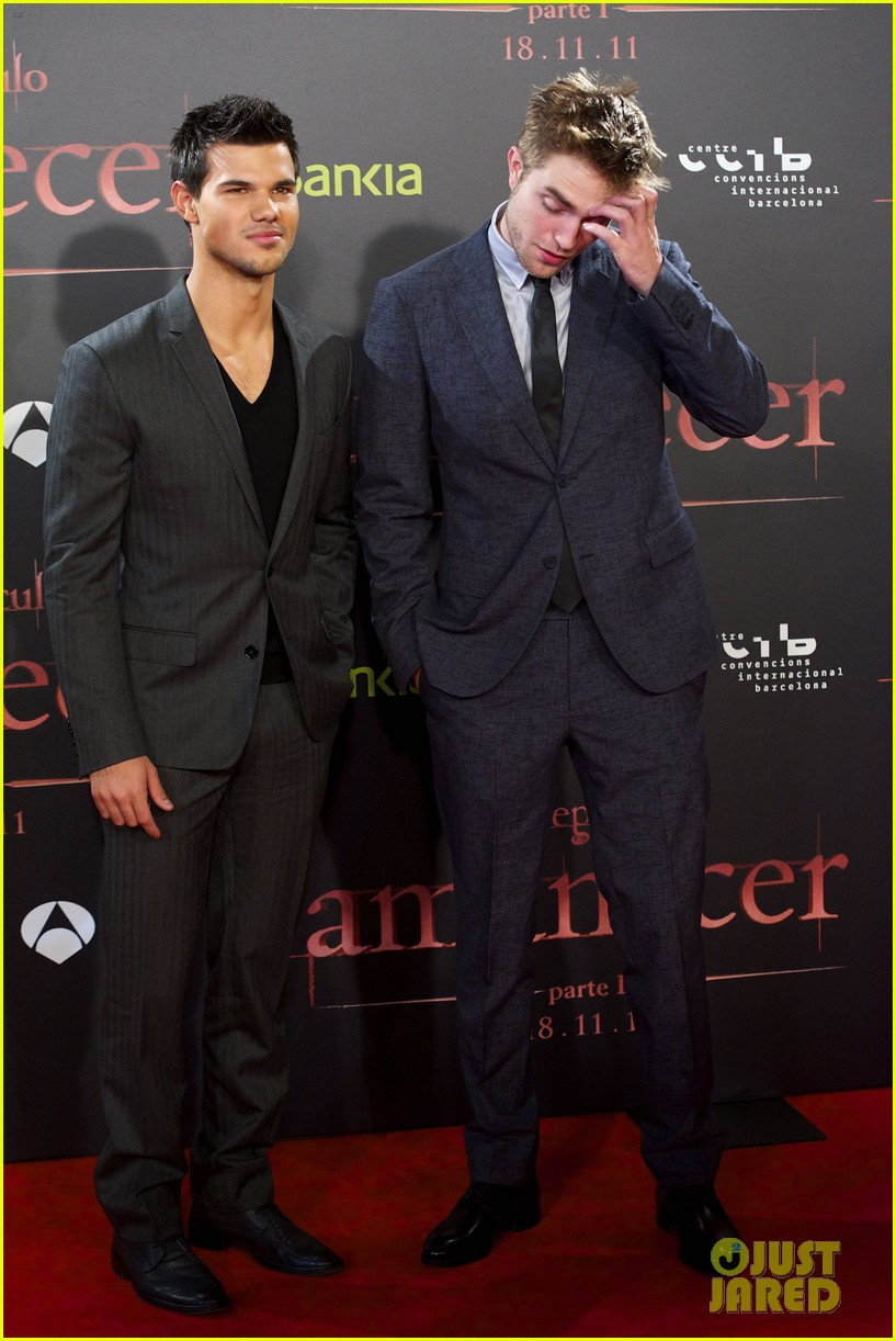 robert pattinson taylor lautner twilight spain premiere 09