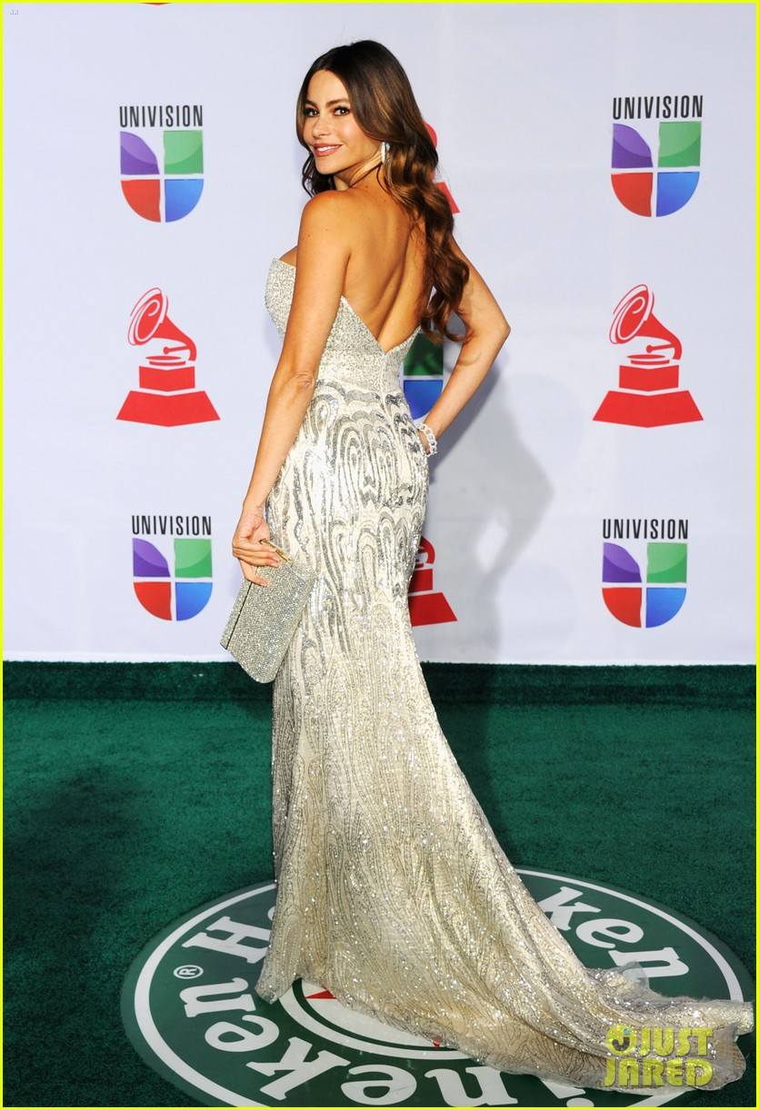 sofia vergara music awards 07