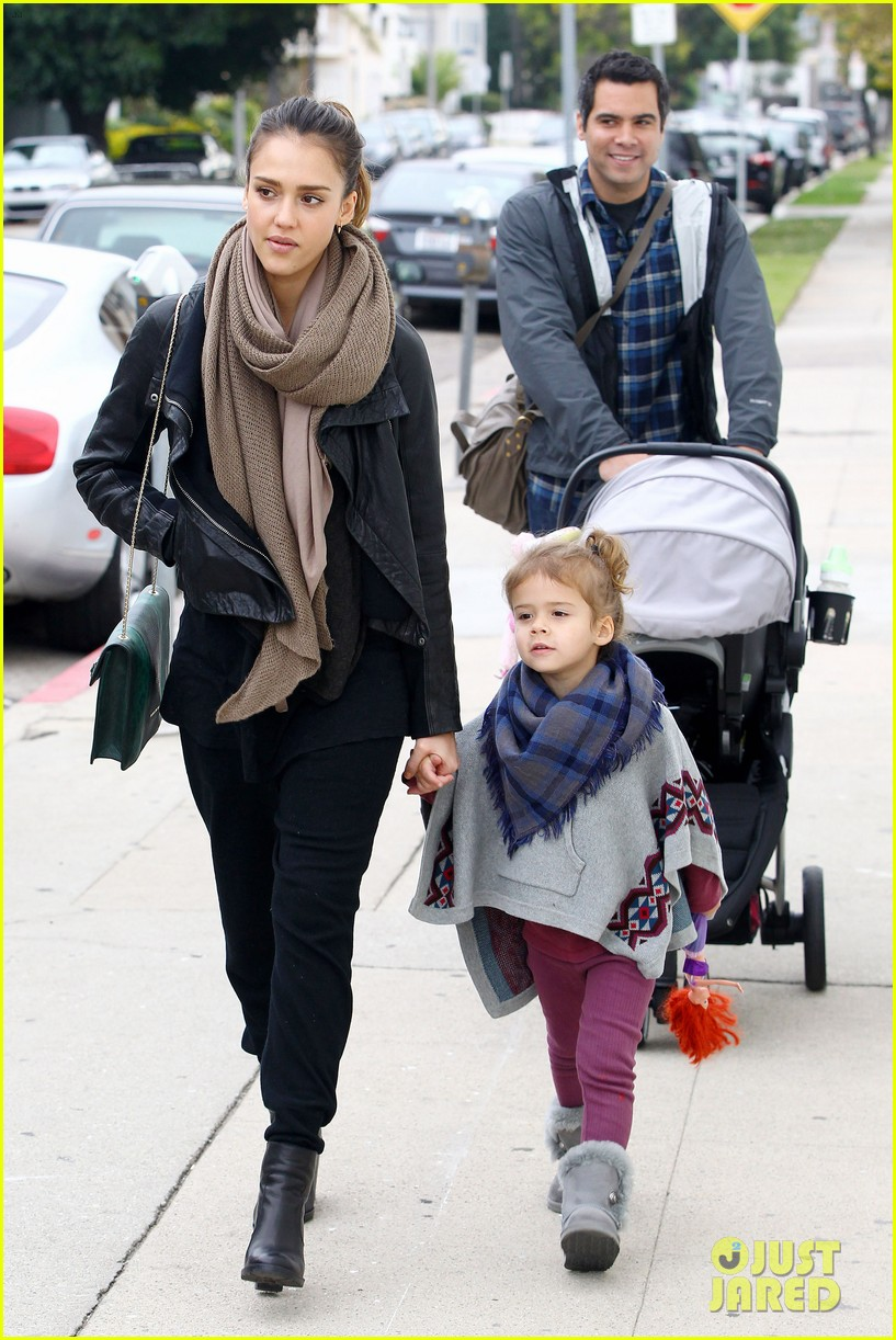 jessica alba honor is the best big sister 17