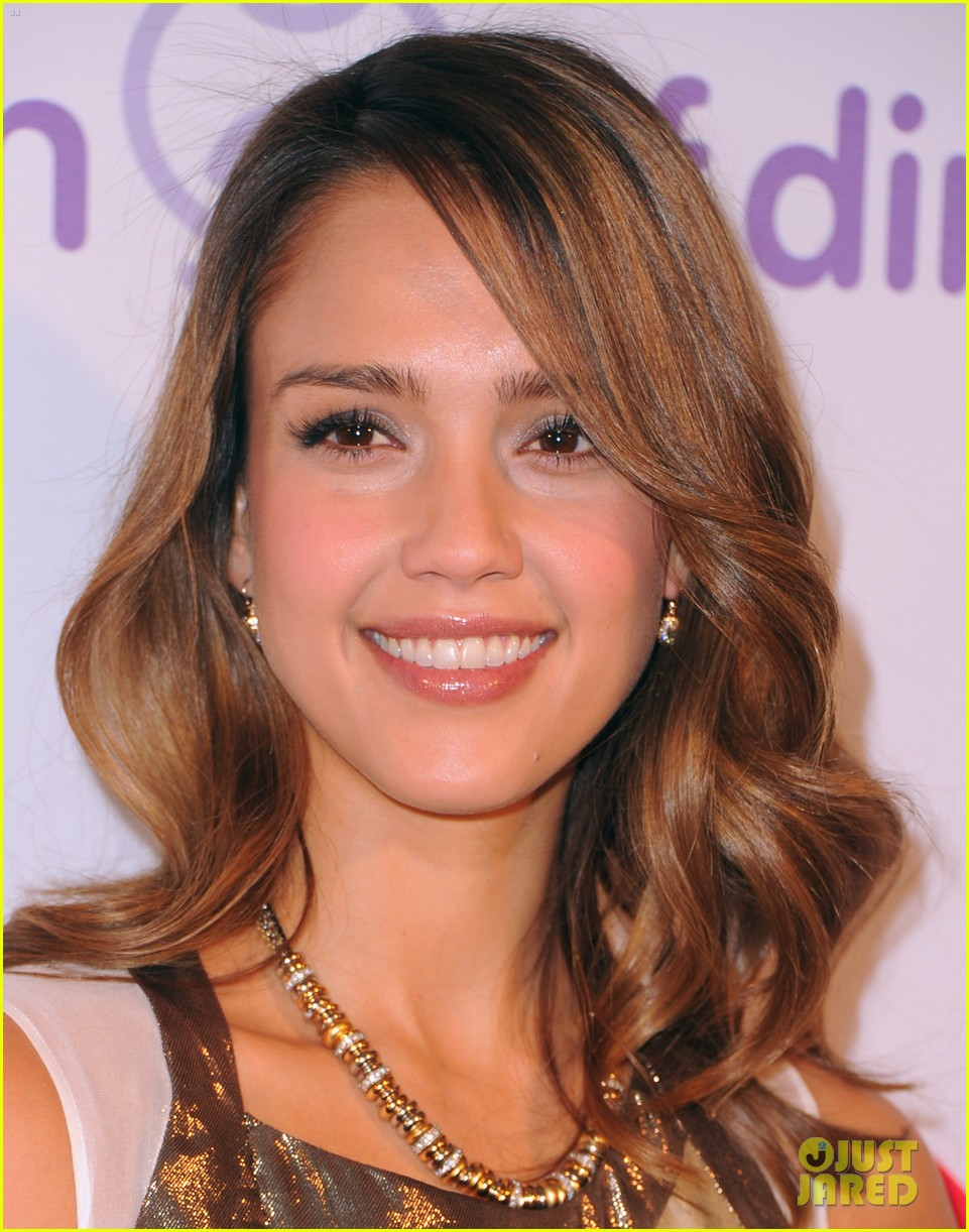 jessica alba amanda seyfried march dimes 10