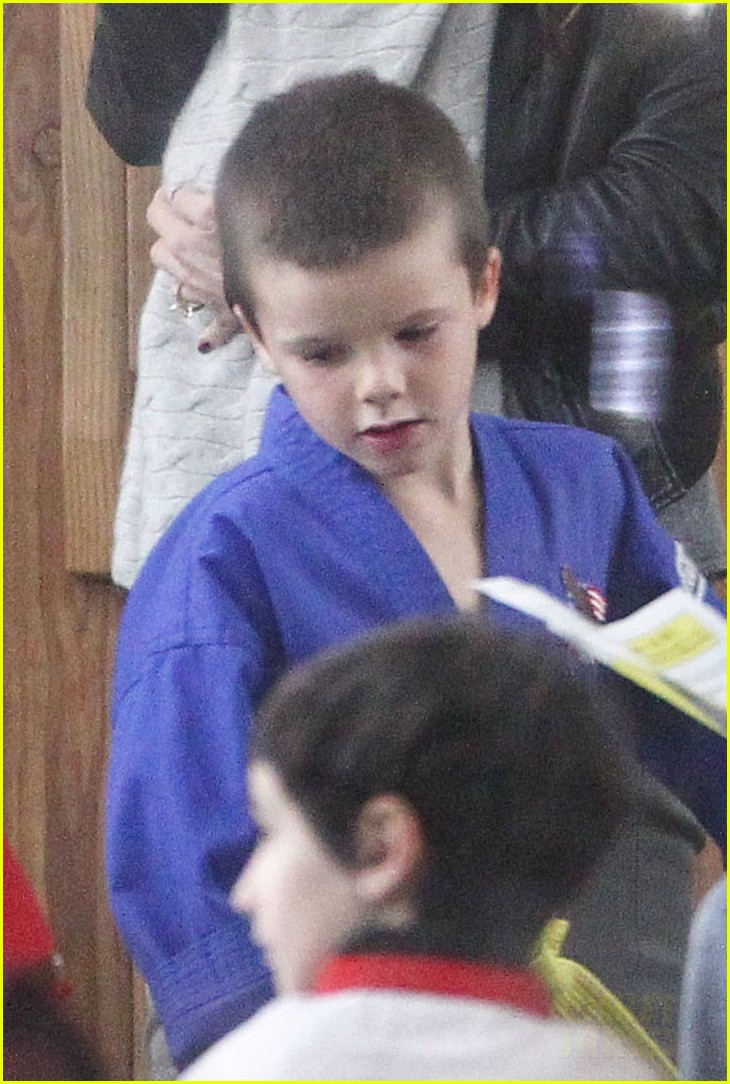 victoria beckham harper cruz karate 02