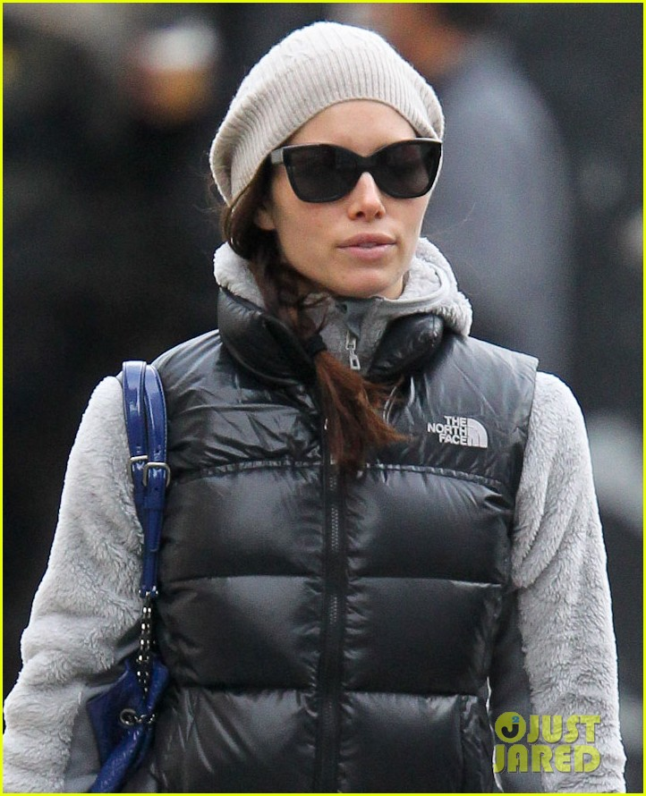 jessica biel shopping nyc 02