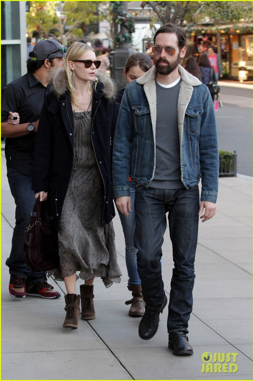kate bosworth shops with michael polish daughter 10