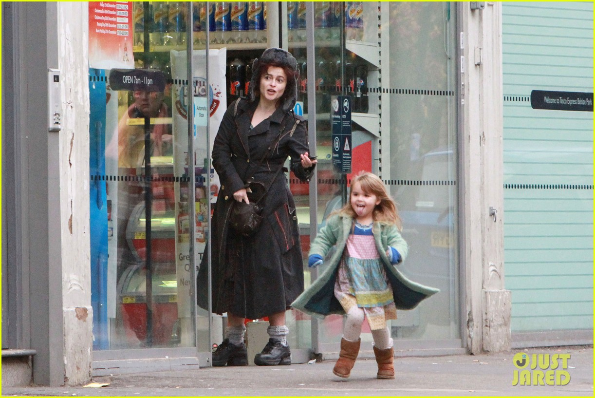helena bonham carter tesco stop with nell 02