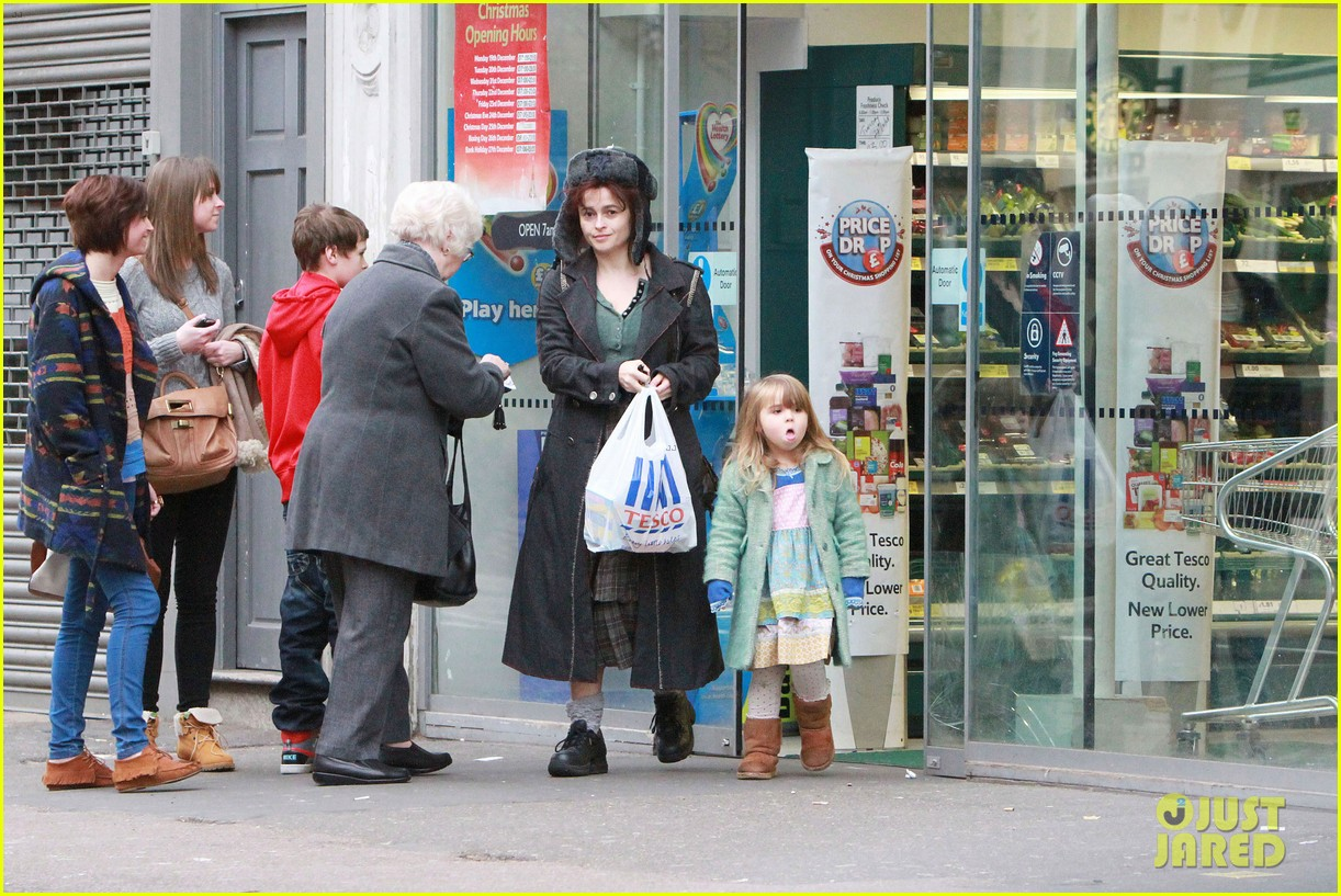 helena bonham carter tesco stop with nell 07