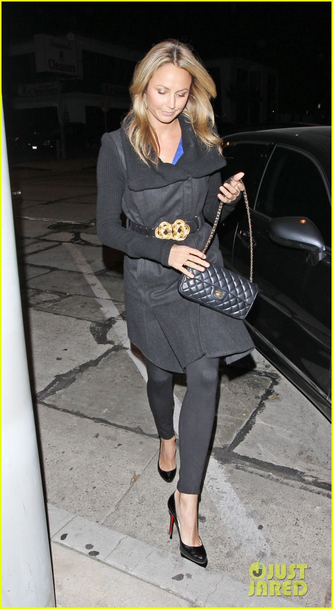 george clooney stacy keibler dinner at craigs 03