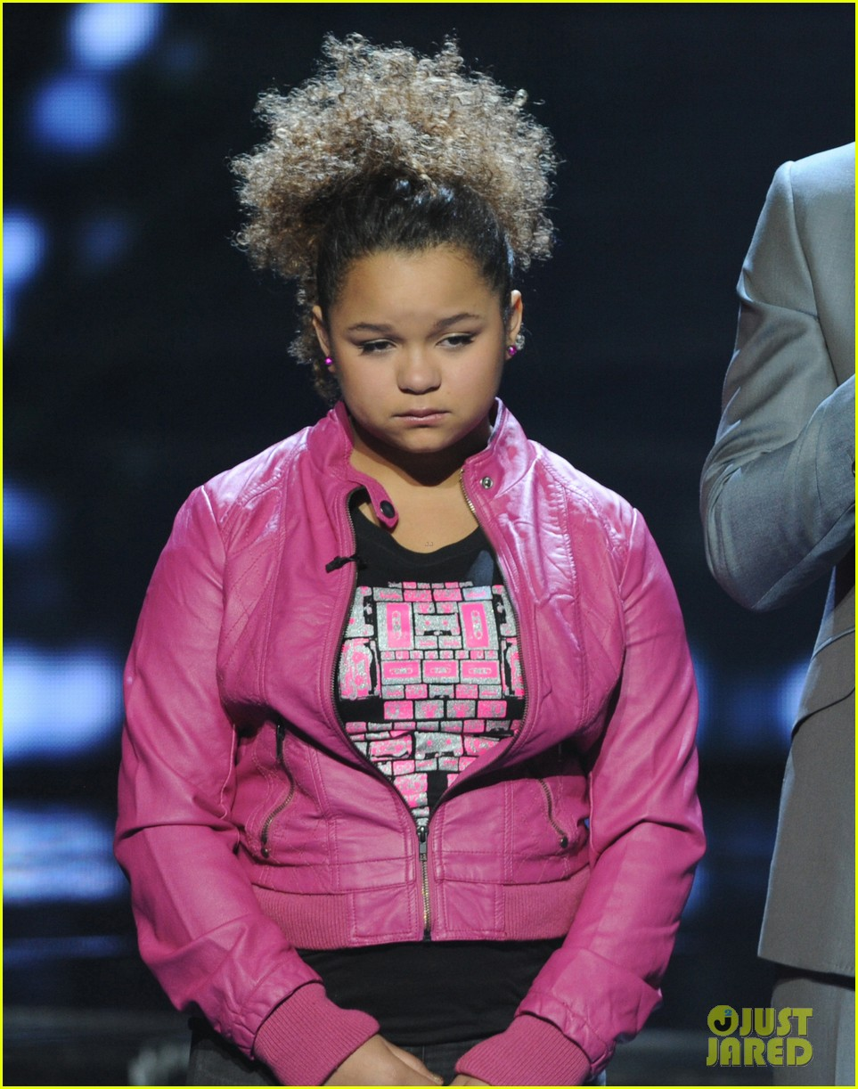 rachel crow kicked off 05