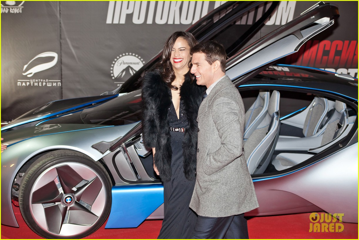 tom cruise paula patton moscow 05